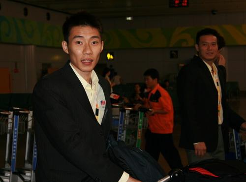 图文:马来西亚羽毛球队抵京 头号男单李宗伟