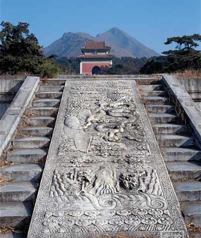 我国现存最集中最完整的陵园建筑群:十三陵