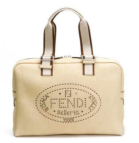 Fendi Selleria Equestrian Bag 特别版浅啡色 (细码)。