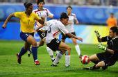 图文:德国0-0巴西 安格勒门前救险