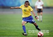 图文:奥运女足德国0-0巴西 玛塔射门