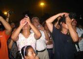 图文:奥运倒计时最后一天 北京市民争相拍照