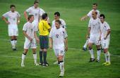 图文:[奥运会]中国国奥1-1新西兰 质问裁判