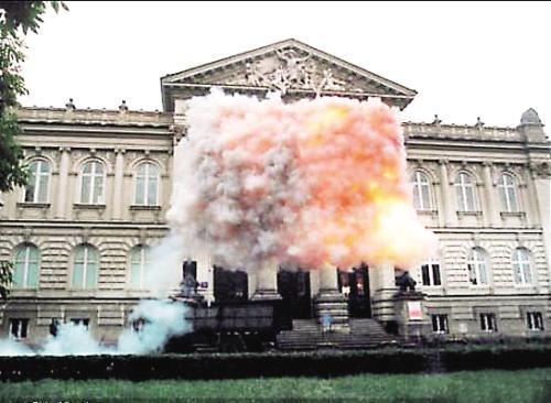 《红旗》 2005年 美国