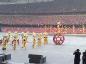 图文:奥运开幕式周边 鸟巢内垫场演出开始