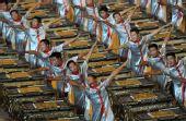 图文:第29届奥运会隆重开幕 开幕式上击缶表演