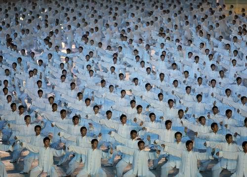 图文:北京奥运会开幕式 太极拳刚柔并济2