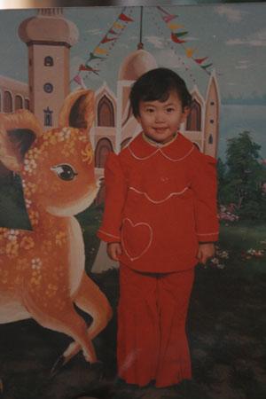 谭雪幼儿园时照片