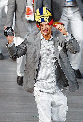 ▲德国人的帽子很体育。 CFP供图