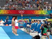 图文:奥运体操男子资格赛 中国队队员列队出场