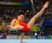 图文:中国男队暂列资格赛第一名 杨威比赛中