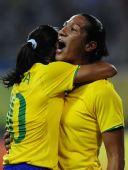 图文:[女足]巴西VS朝鲜 玛塔庆祝进球