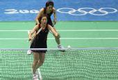 图文:日本组合淘汰杨维/张洁雯 两人专注比赛