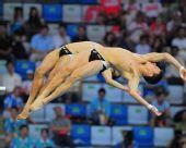 图文:男子双人十米台  出台瞬间