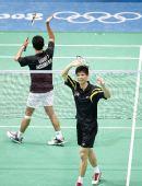 图文:奥运羽毛球男单前32比赛 黄宗翰致谢