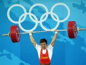 图文:男举62公斤级决赛 张湘祥比赛精彩瞬间