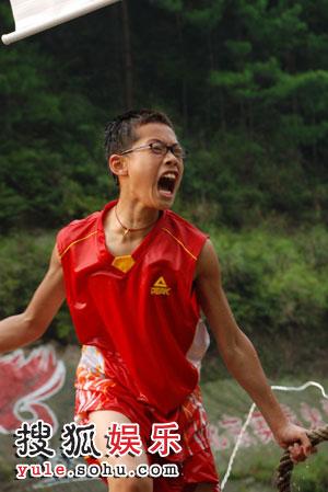 冠军儿子傅翔又夺下一面旗
