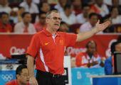图文:[女篮]中国80-63新西兰 马赫现场指挥
