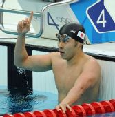 图文:男子200米蛙泳决赛 北岛康介王者风范