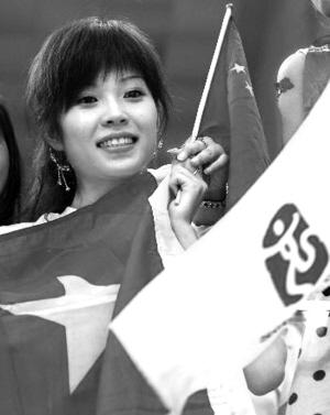 王峰的妻子王丹