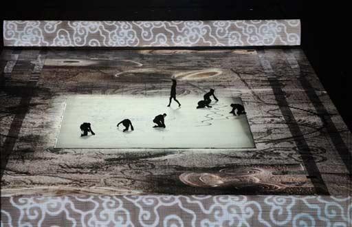 """2008年8月8日晚,第29届夏季奥运会在北京开幕,开幕式上,所有悬念全部揭开,其中很多蕴含""""中国元素""""的内容让人大开眼界。"""