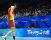 图文:李炫一2-0鲍春来 黯然下场