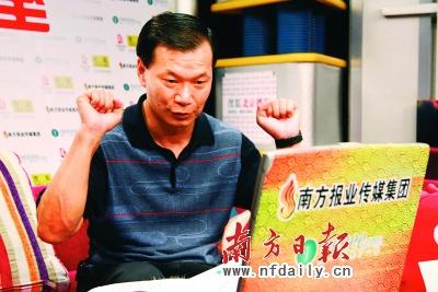 江涛对于弟子摘金夺银十分满意。南方报业特派记者何凡洪海宁摄