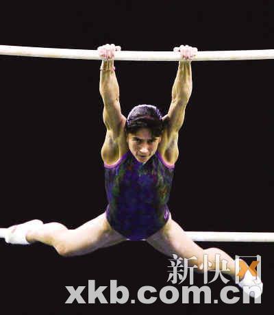 为救患白血病的儿子,丘索维金娜征战了五届奥运会