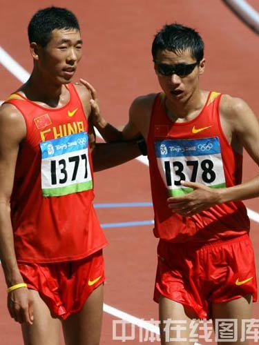 图文:男子20公里竞走决赛王浩第四 哥俩好