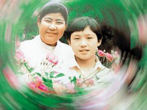 曹磊和妈妈