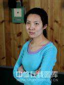 明星写真:中国射击队队员杜丽写真 眼含笑意