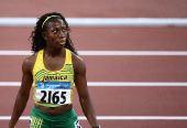 图文:女子100米第二轮赛况 牙买加选手弗雷泽