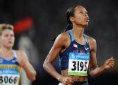 图文:女子100米第二轮赛况 美国选手穆娜-李