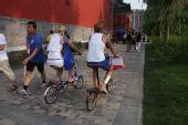 组图:自行车成为奥运村内最受欢迎的交通工具