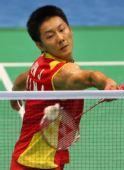 图文:男单陈金摘铜牌 比赛中累得汗流浃背