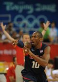 图文:男篮美国胜西班牙 科比・布莱恩特在比赛