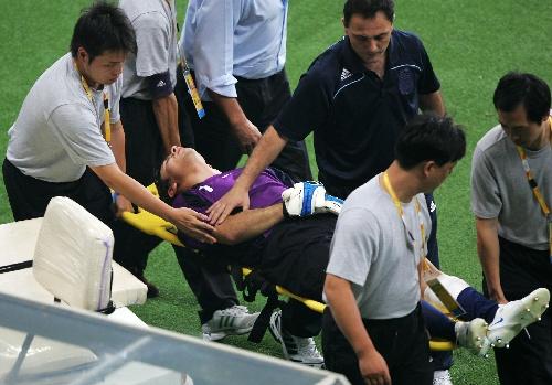 奥斯卡/新华社照片,上海,2008年8月16日(北京奥运)足球——阿根廷...