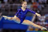 图文:奥运女子自由体操决赛 约翰逊也很轻松