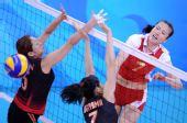 图文:中国女排3-0日本 周苏红等个正着