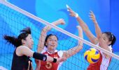 图文:中国女排3-0日本 网前扣杀