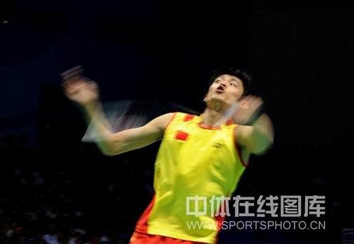 图文:林丹击败李宗伟男单夺金 比赛瞬间精彩