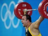 图文:男举105公斤以上级小组赛 韦拉吉奇怒吼