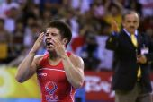 图文:男子自由式55公斤级决赛 塞胡多夺冠落泪