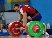 图文:男子105公斤以上级 俄罗斯选手获得银牌