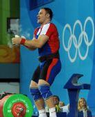 图文:男子105公斤以上级 庆祝试举成功