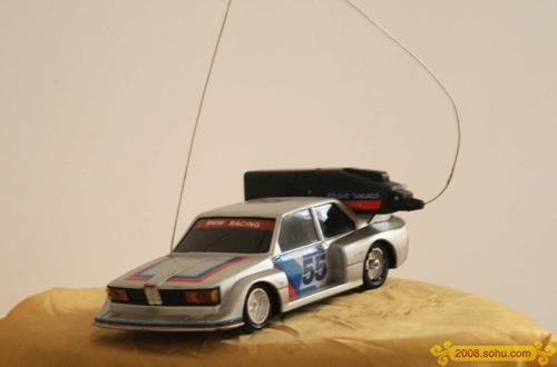 独家图:李小鹏成长历程 小时候的玩具车
