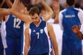 图文:阿根廷男篮挺进四强 希腊队员全一脸失意