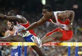 图文:男子110米栏罗伯斯挺进决赛 场上现英姿