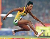 图文:女子400米栏牙买加选手夺金 轻松跨越