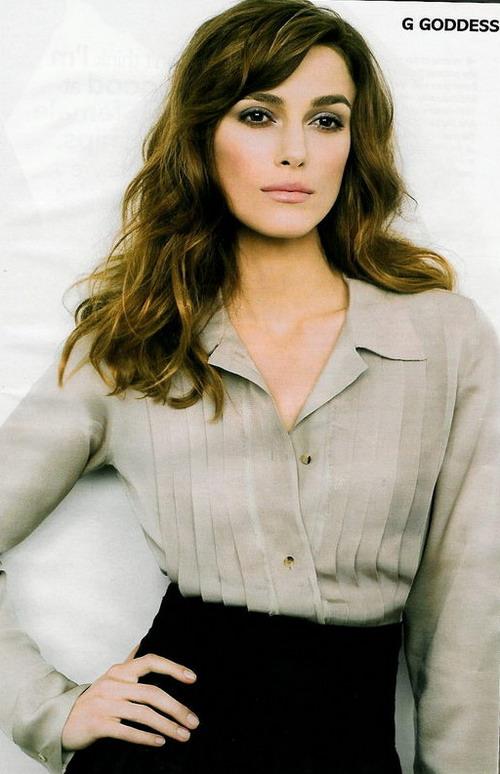 英国女影星凯拉-奈特莉复古装亮相